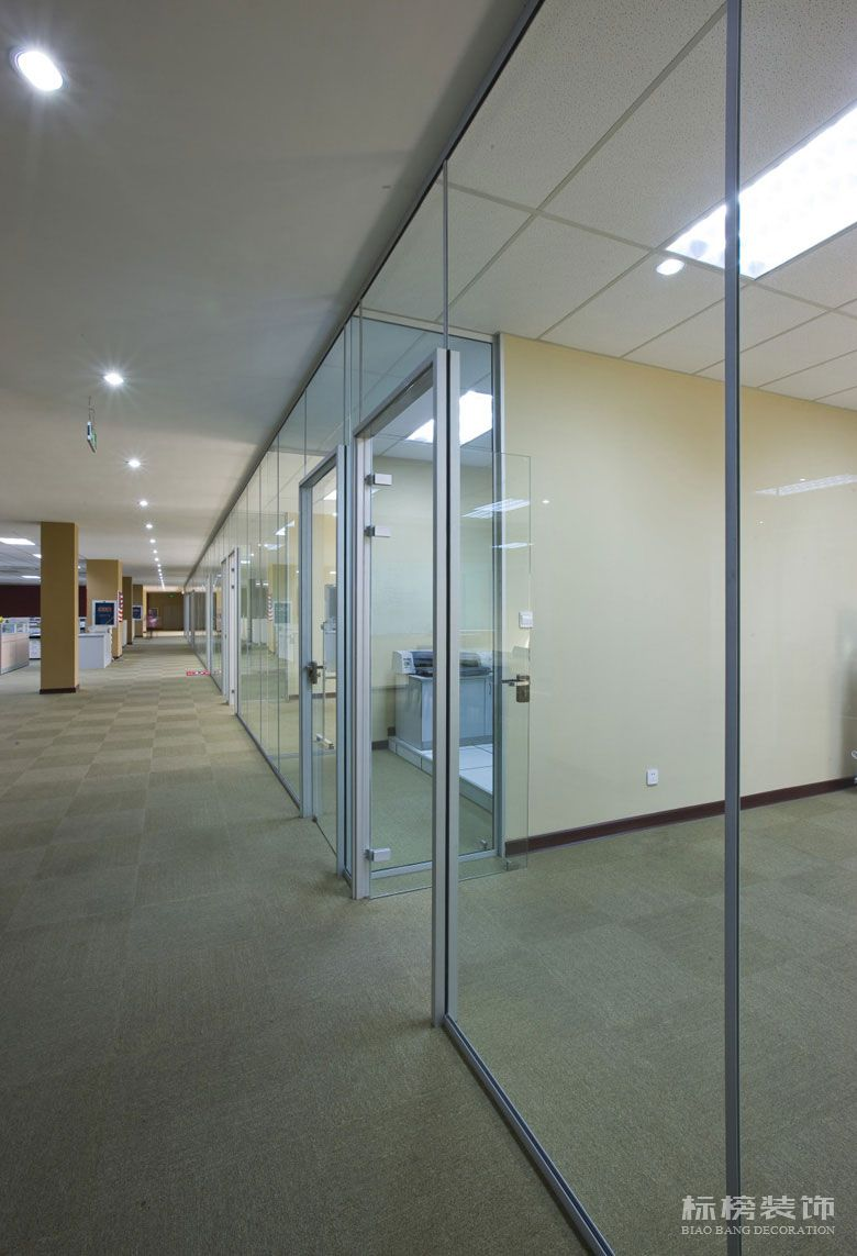 洋景休闲厂房和办公室装修2